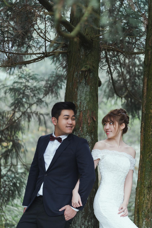 婚紗攝影 婚紗 美式婚紗 自然互動 笑容 冷水坑婚紗 陽明山婚紗 花卉試驗中心婚紗 攝影師 冬伴影像 北部_DB_8983