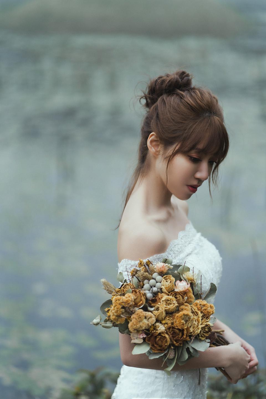 婚紗攝影 婚紗 美式婚紗 自然互動 笑容 冷水坑婚紗 陽明山婚紗 花卉試驗中心婚紗 攝影師 冬伴影像 北部_DB_9121